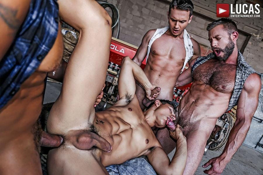 Alex Kof, Bulrog, Ken Summers, Viktor Rom - Ken Summers' Raw Roughneck Gang Bang (18 January 2018) [HD 720p]