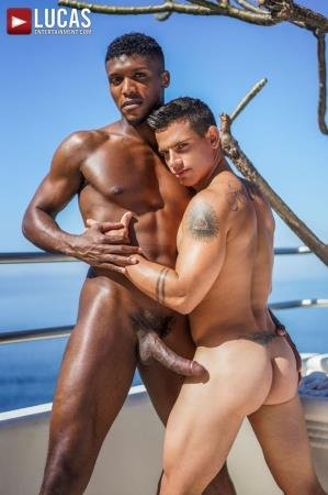 Andre Donovan, Brent Everett - Barebacking Brent Everett, scene 3 - Brent Everett Bottoms For Andre Donovan's BBC (16 June 2020) [FullHD]